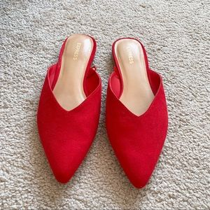 Express red mules